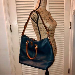 🏆 Host Pick! Dooney & Bourke pebbled leather tote